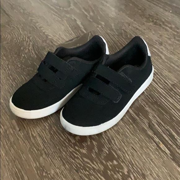Zoe Zac Boys Toddler 9 2 Black Sneakers